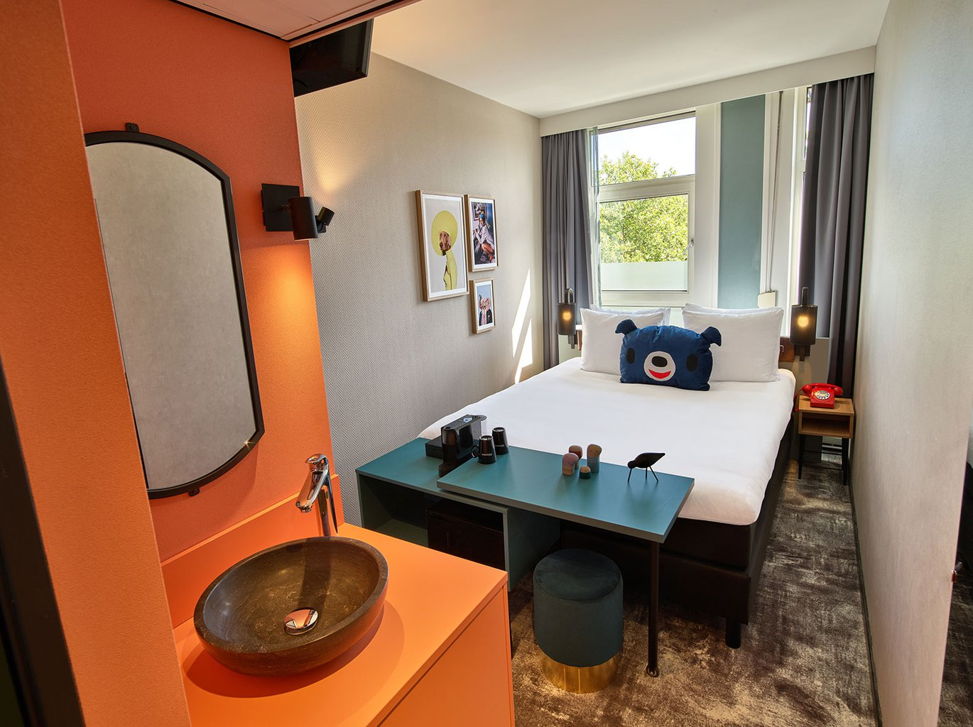 EH---THE-ED-HOTEL-AMSTERDAM---SMALL-DOUBLE---2.jpg