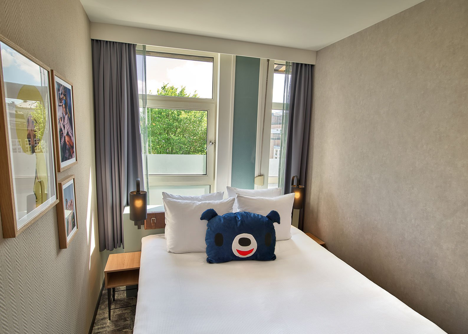 EH---THE-ED-HOTEL-AMSTERDAM---SMALL-DOUBLE---4.jpg